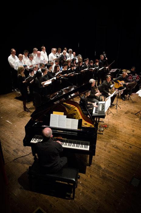Missa Gaia - Earth Mass Coro ed Ensemble strumentale dell'Istituto diocesano di Musica e Liturgia di Reggio Emilia, il Coro Bismantova e la Corale della Resurrezione, con la direzione di Giovanni Mareggini